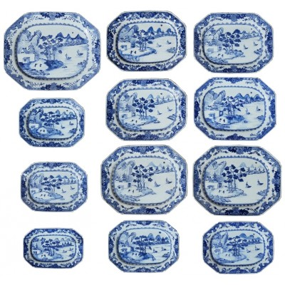 Set of twelve 18th Century Chinese Nanking plates.